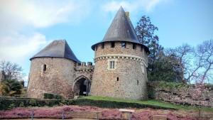 The medieval gates / Les portes médiévales